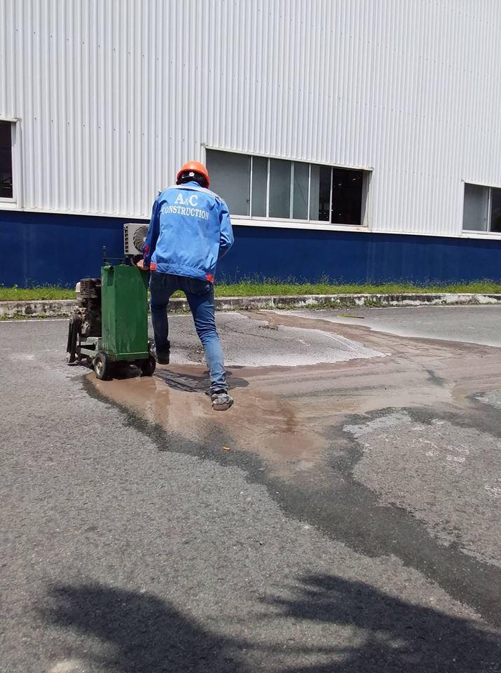 Khoan cắt bê tông cụm CN Phú Thạnh